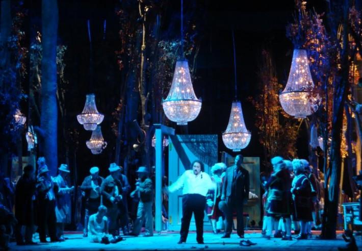 Lustres para a ópera francesa